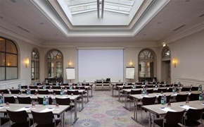 Holiday Inn Paris Gare de Lyon****