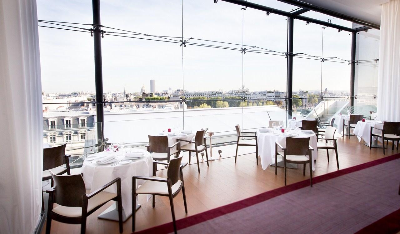 Repas d 39 entreprise dans une institution avec vue for Restaurant la maison blanche montpellier