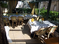 Restaurant Paris Au Moulin Vert D�couverte
