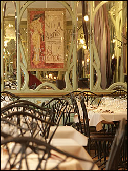 Restaurant Paris Bouillon Racine