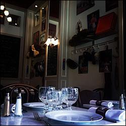 restaurant le bistrot des 4 chapeaux lyon rh ne 69. Black Bedroom Furniture Sets. Home Design Ideas