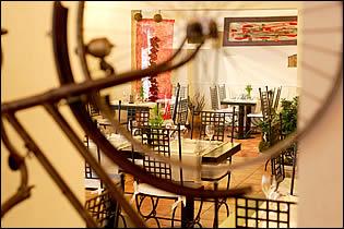 restaurant un air de campagne mont de marsan landes. Black Bedroom Furniture Sets. Home Design Ideas