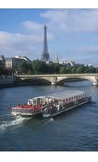 Bateaux Parisiens restaurant groupe Paris 7