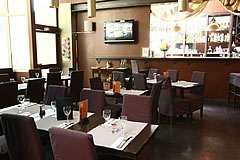 K F� Court 17 restaurant groupe Paris 17