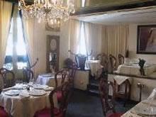 Musée Dali restaurant groupe Paris 18