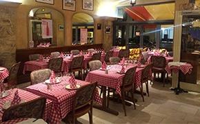Aibegre aveyronnaise Paris Restaurant rustique