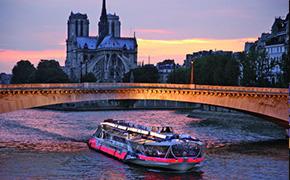 Bateaux Mouches Paris Dîner croisière