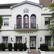 Lasserre restaurant groupe Paris 8